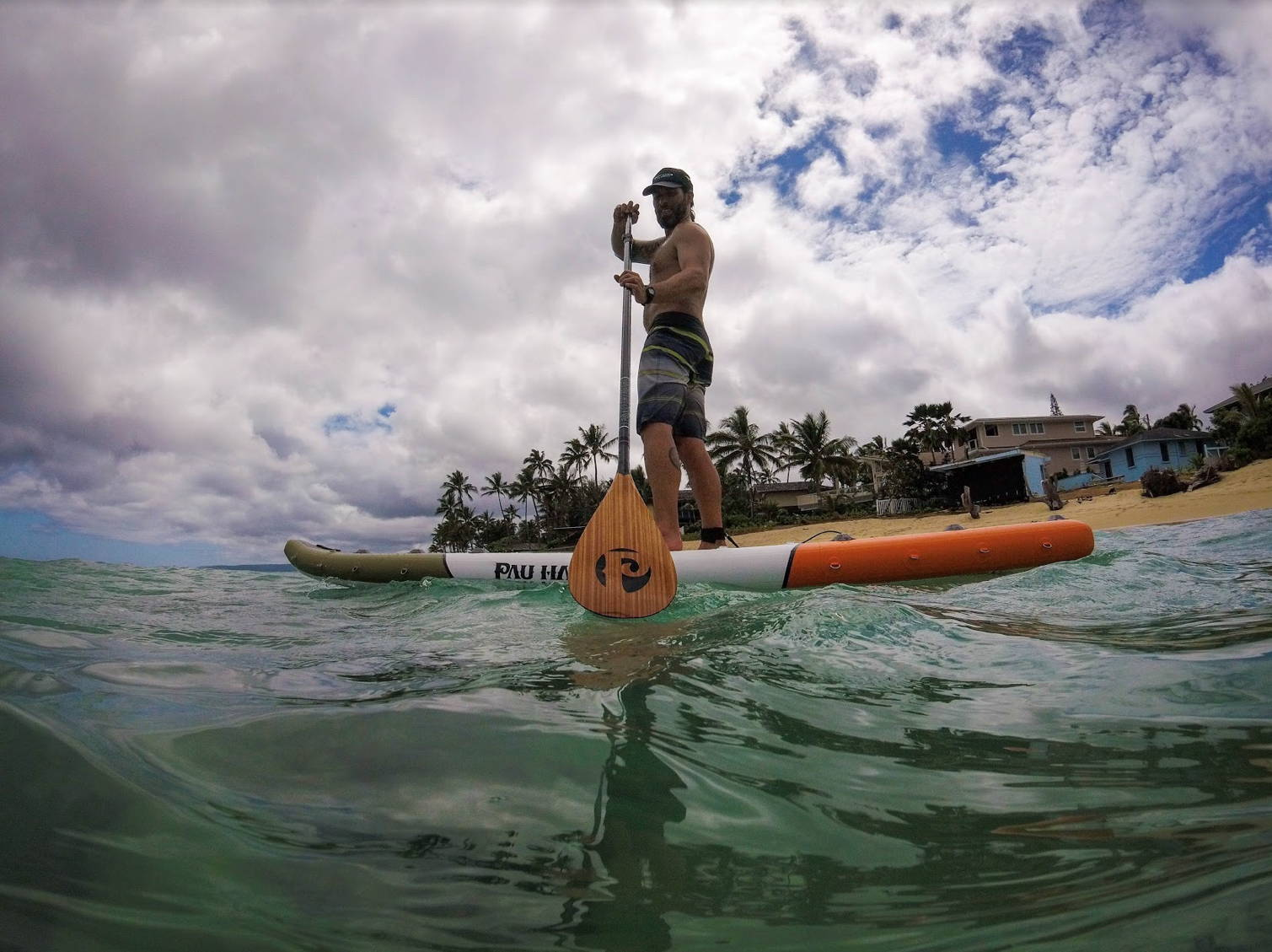 Paddling the orange Endurance Air