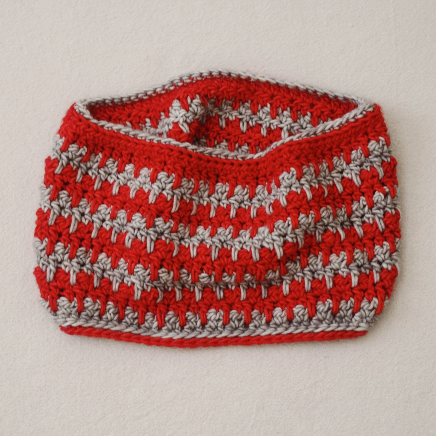Candy Striper Crochet Cowl Kit
