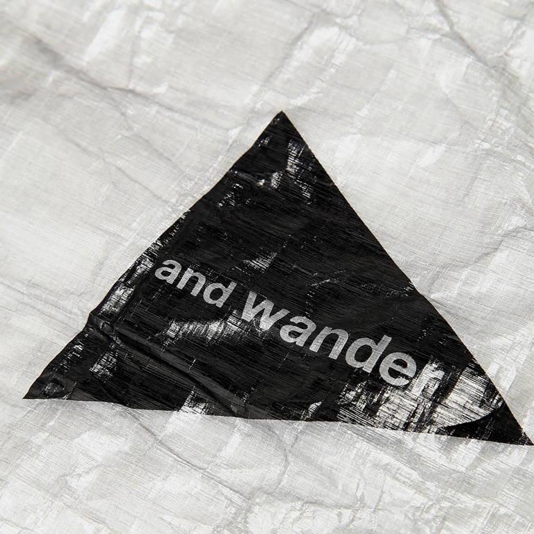 andwander(アンドワンダー)/ダイニーマ カバーバッグ 30-45L/ホワイト/UNISEX
