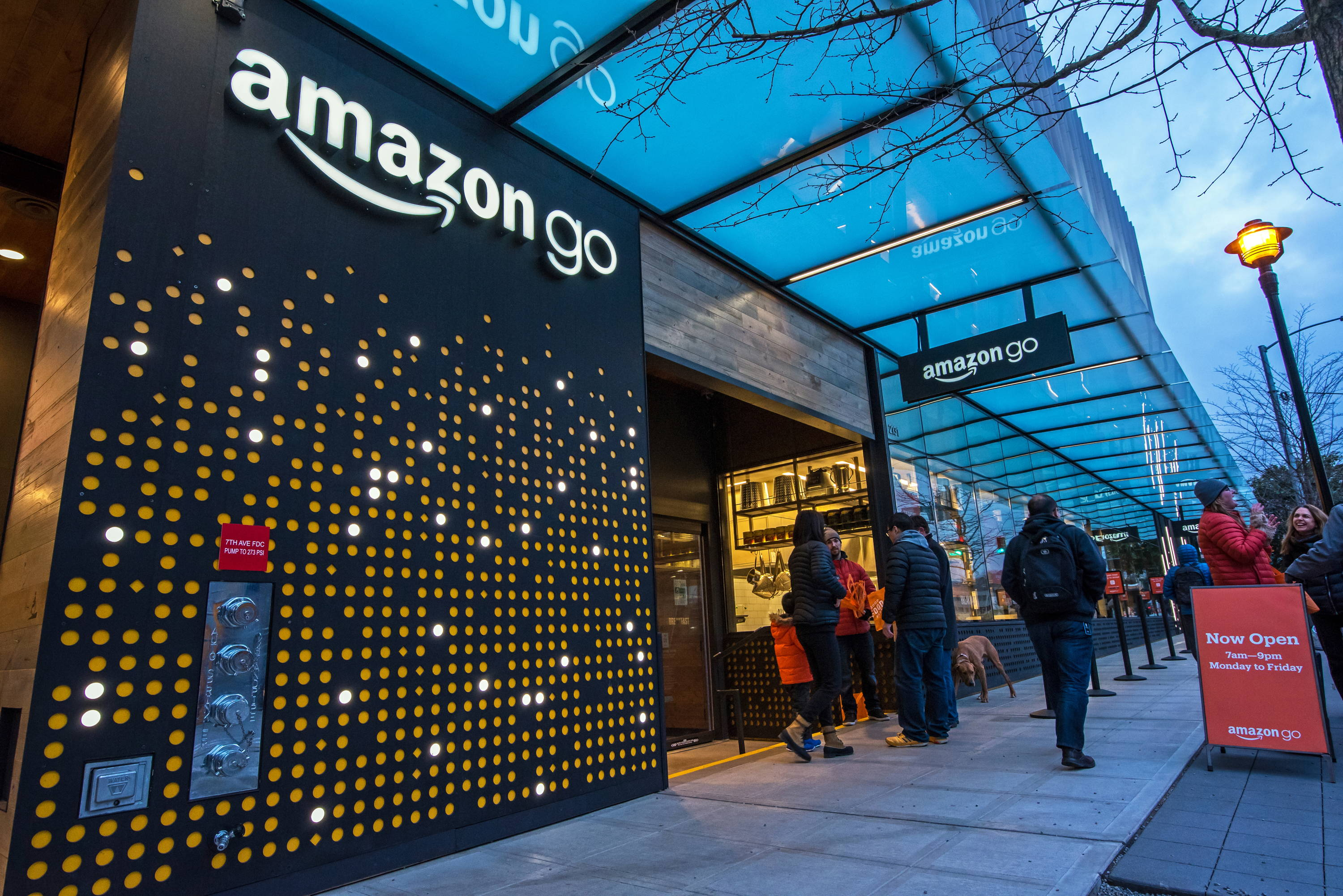 Amazon go building