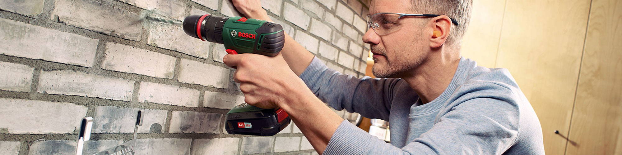 what is a cordless combi drill