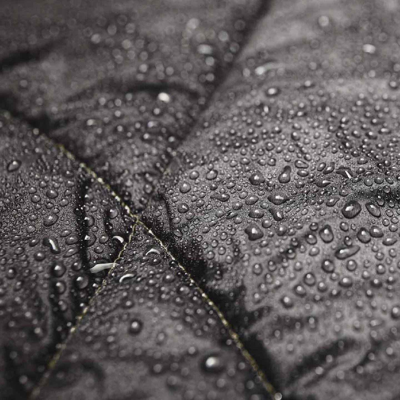 A water resistant Rumpl blanket