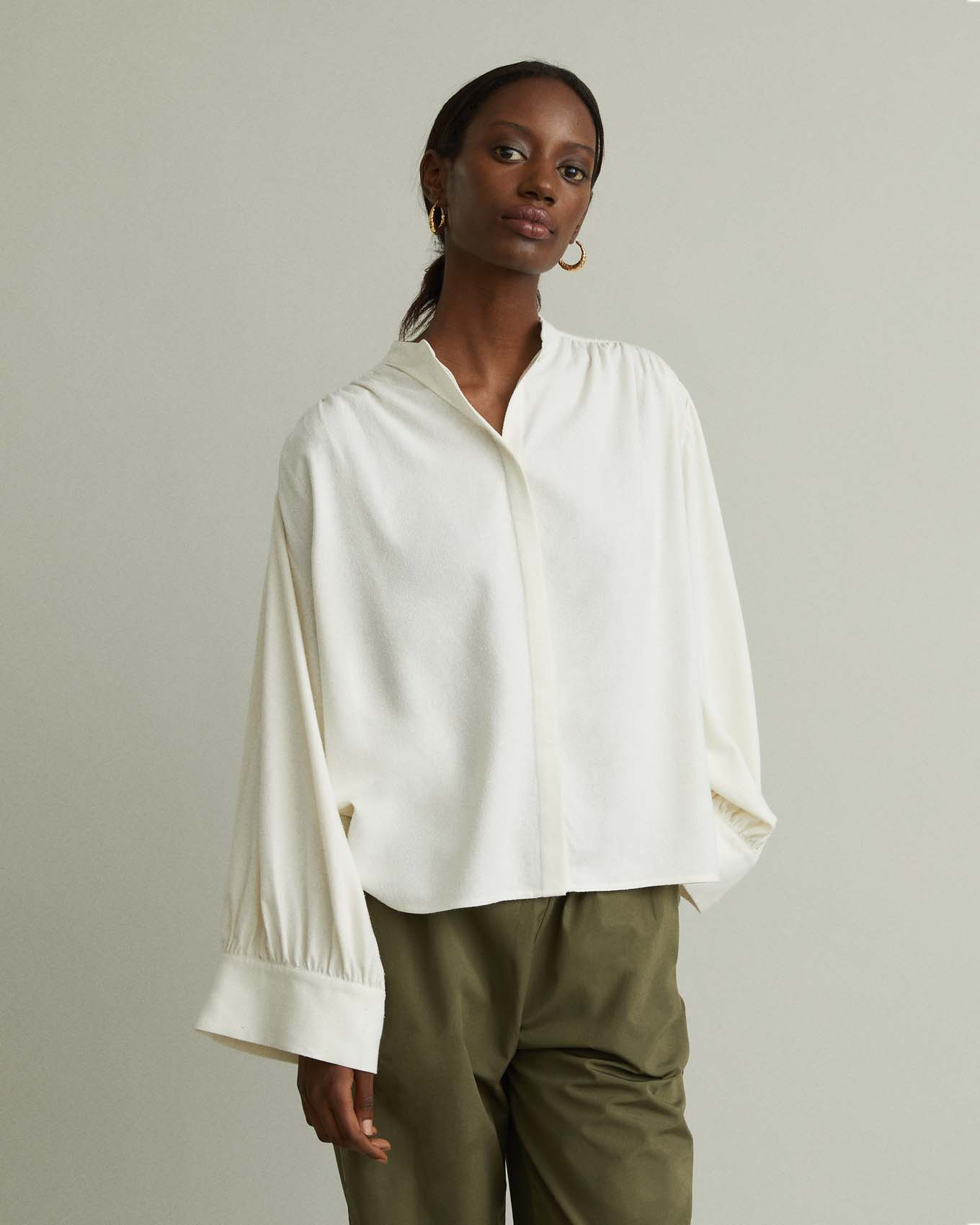 https://ca.wantapothecary.com/products/cali-textured-silk-blouse