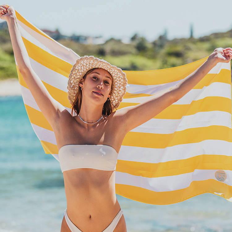 RockyCay sand free beach towels