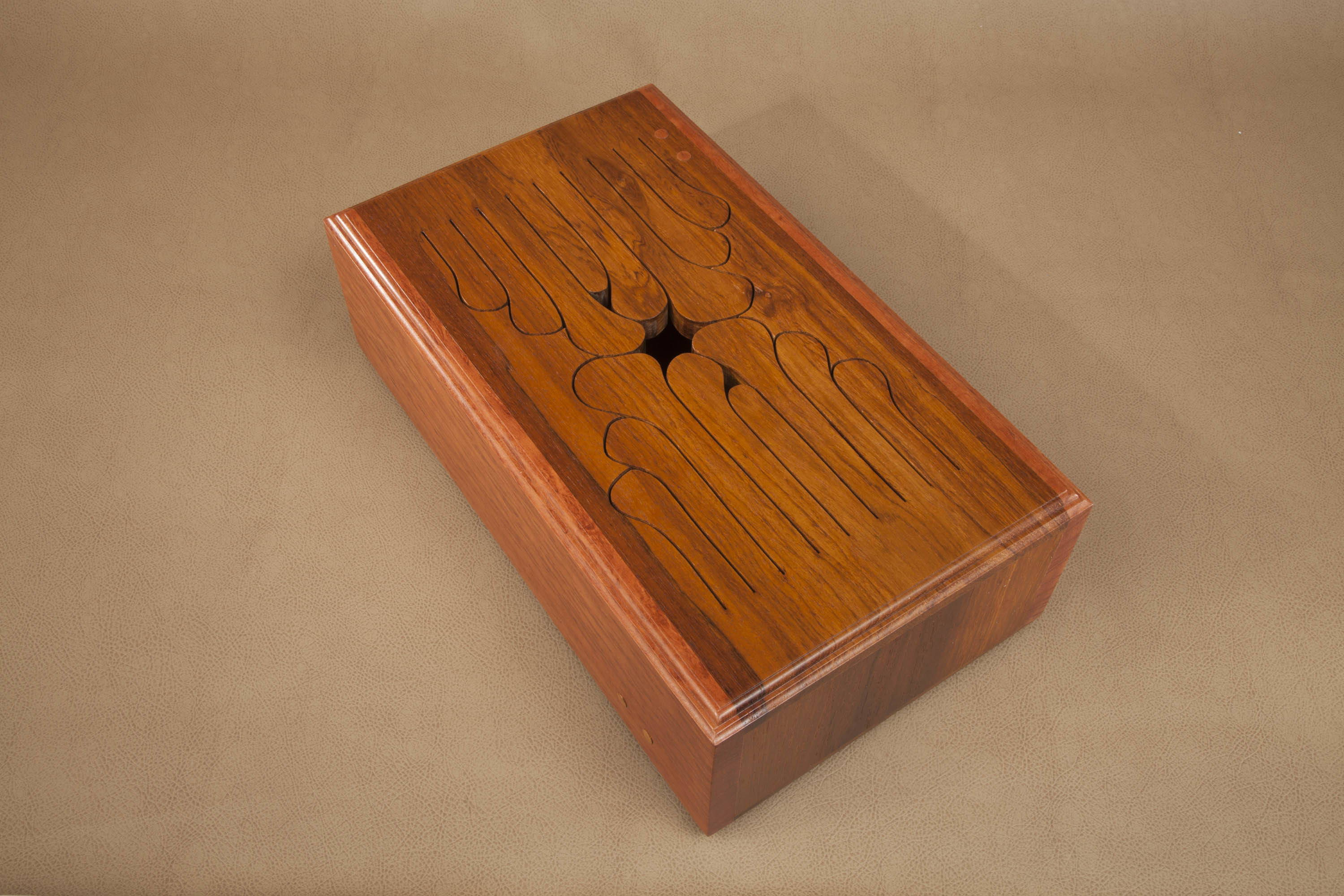 Chorded 16-key wooden tongue drum