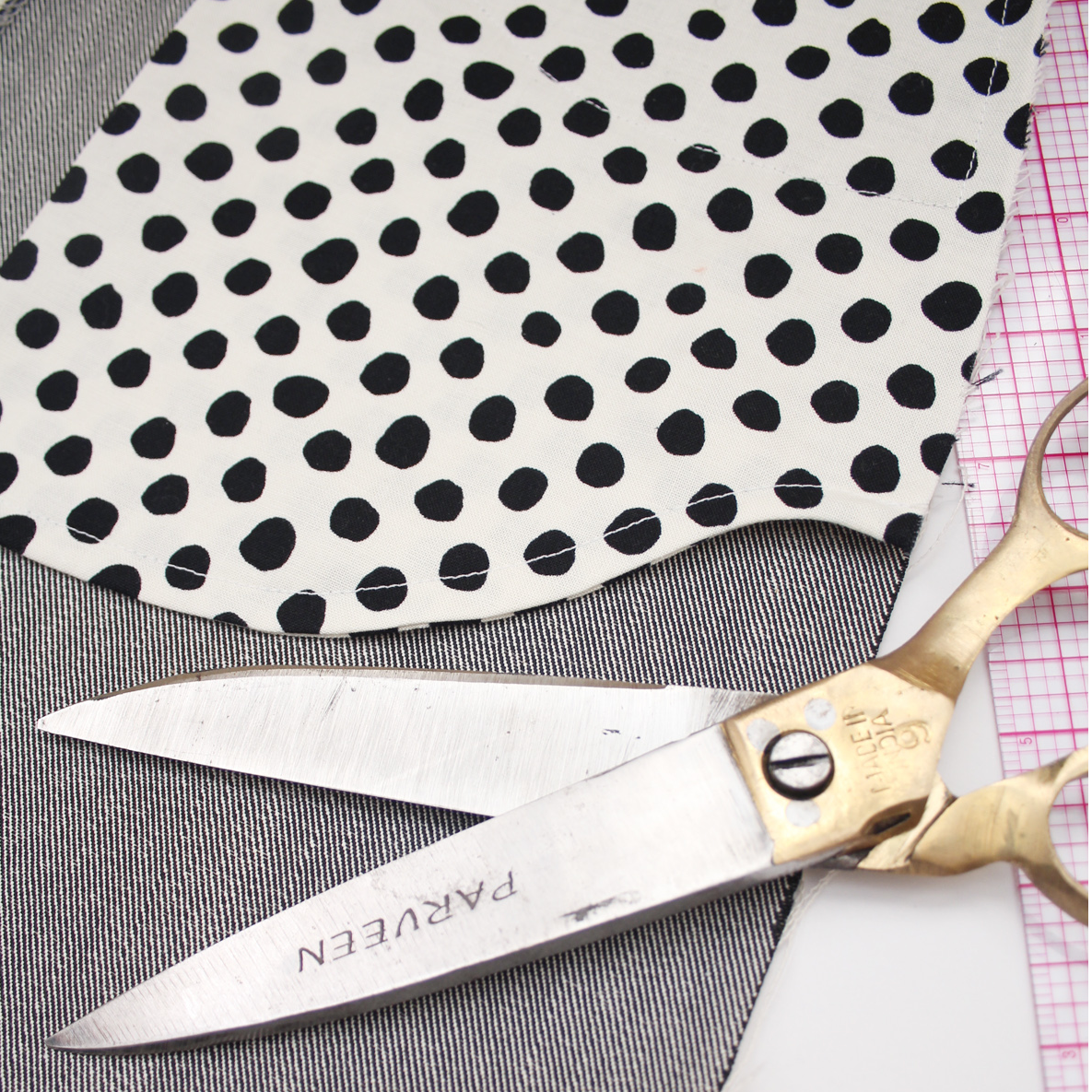 How to Finish Pocket Bags With French Seams