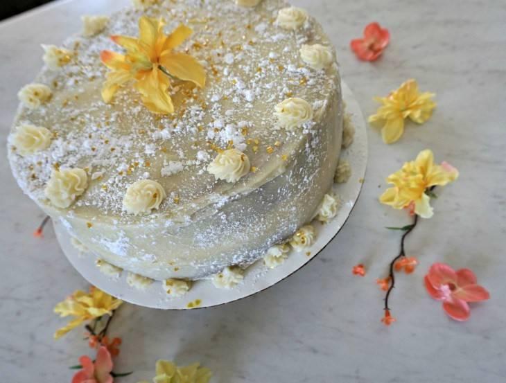 Vanilla Chai Cake & Buttercream Frosting Herbal and Vegan