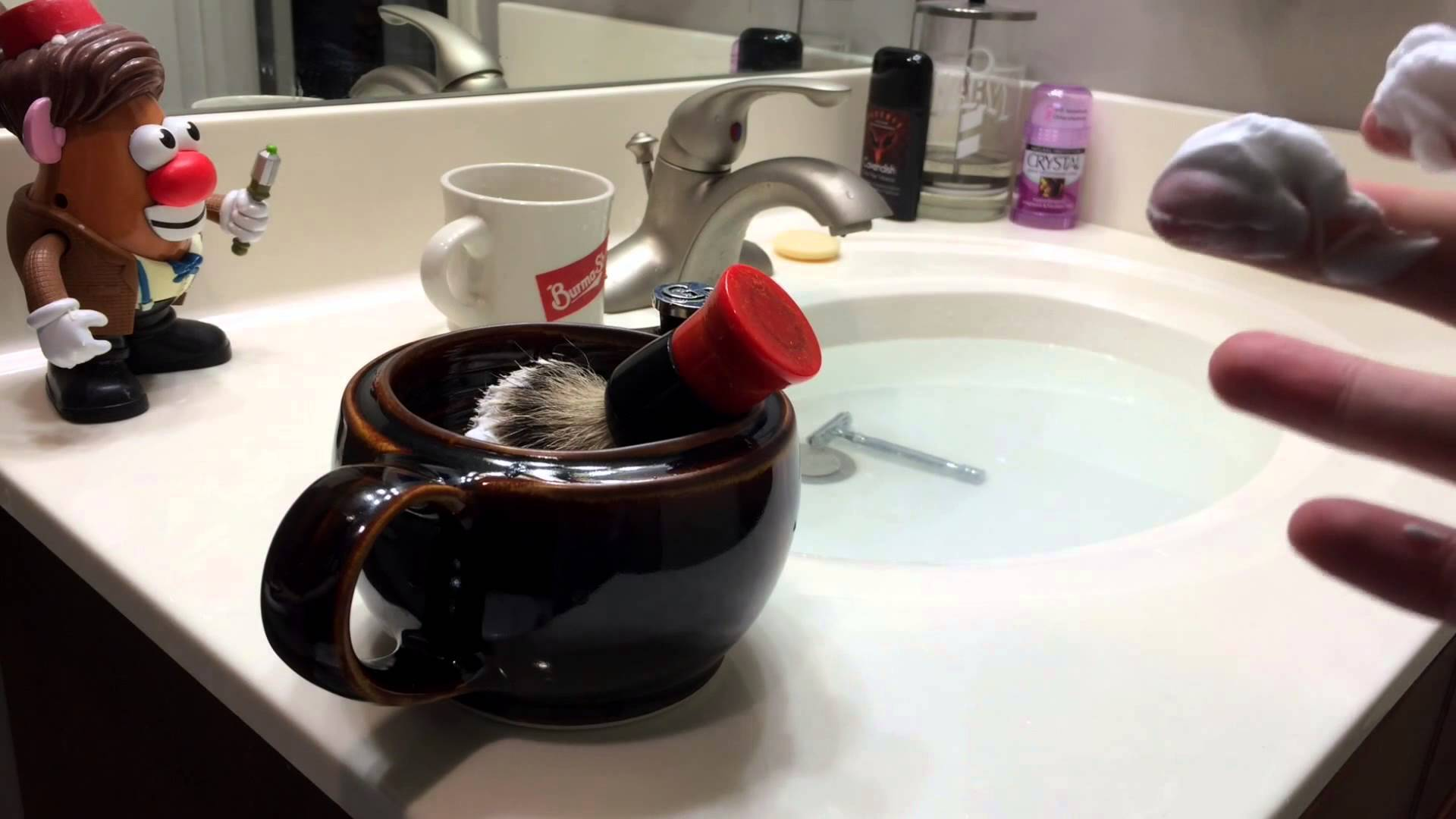 How To Use A Shaving Scuttle