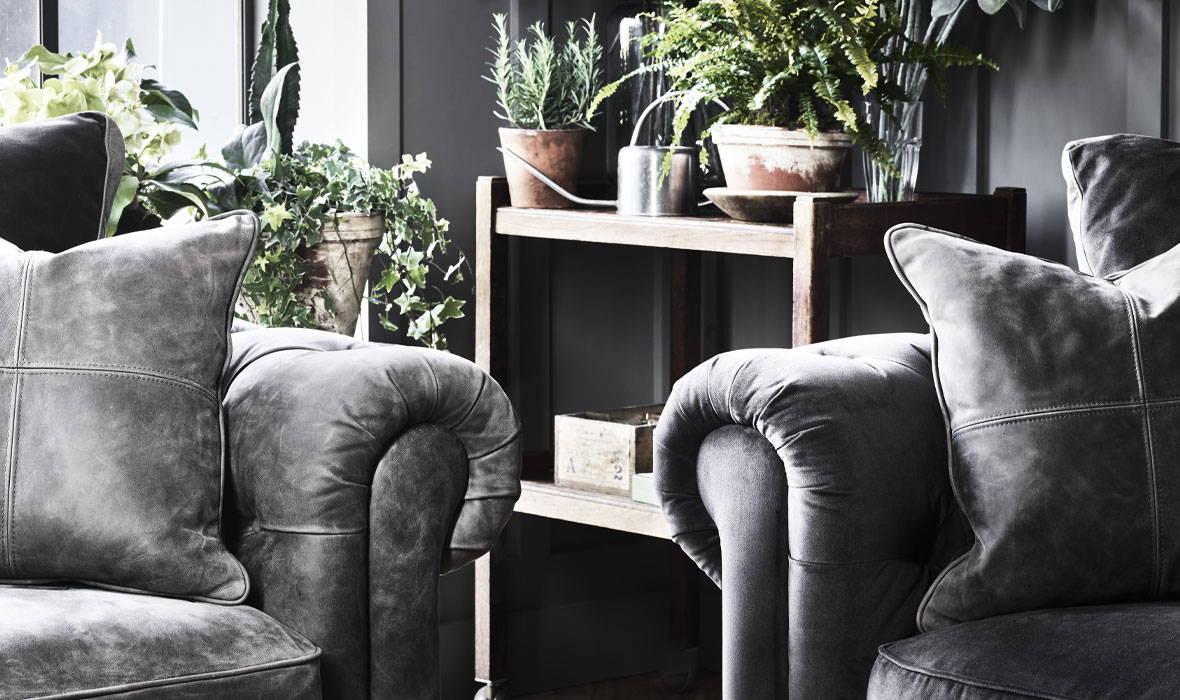 Chamberlain Sofa Collection