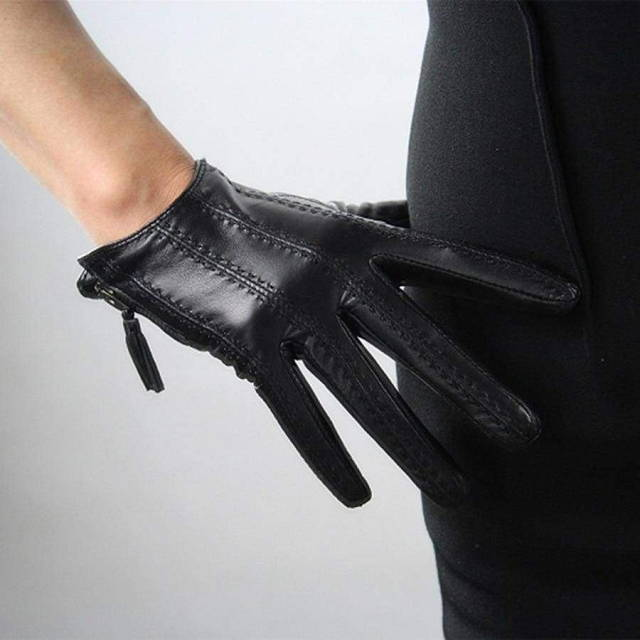 leather-touch-screen-zipper-short-female-gloves