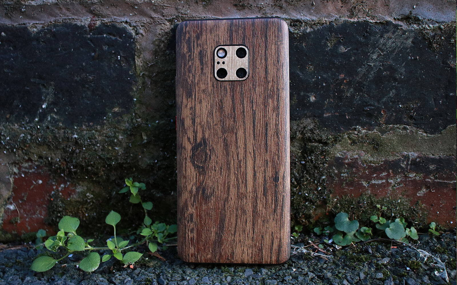 Huawei Mate 20 Pro Aged Oak and Modern Oak Skins