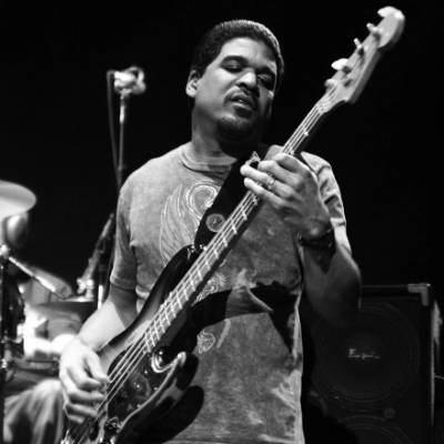 Oteil Burbridge of Allman Brothers Band recycled guitar string bracelets and jewelry