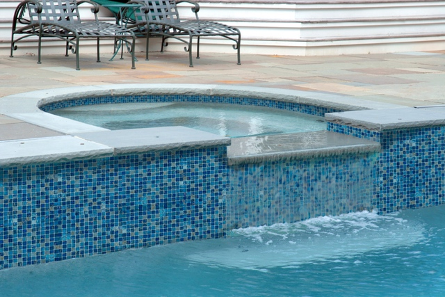 GV42020B7 - Blue Copper Blend Glass Tile