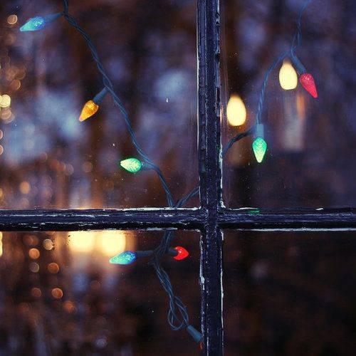 Using Christmas Window Lights For Festive Home Displays Lights4fun Co Uk