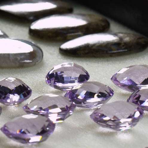 Natural variety in gemstones image