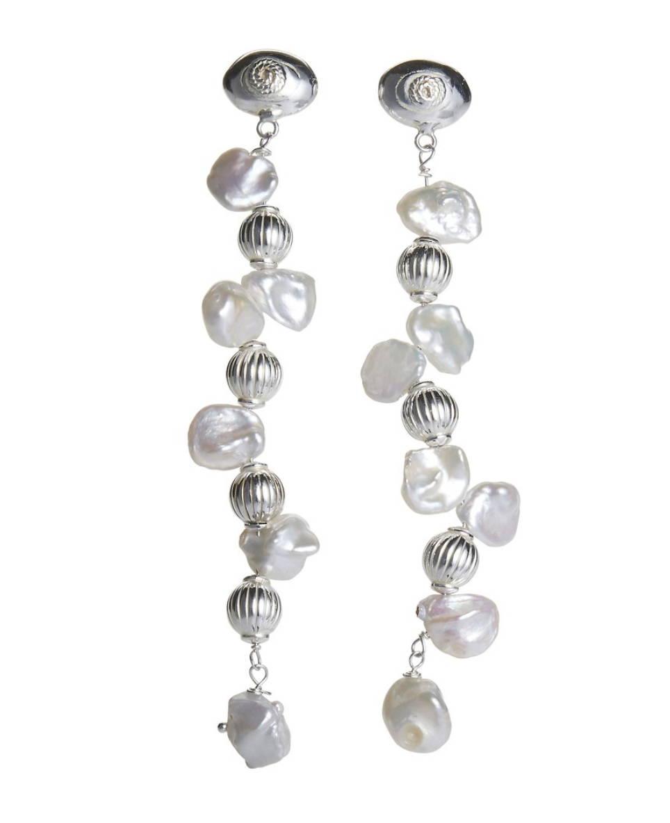 soru jewellery aurora earrings pearl in hello magazine