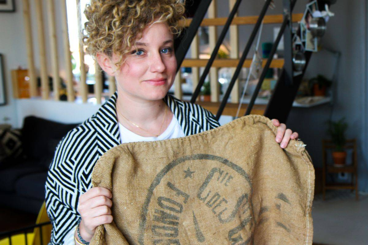 Célia, fondatrice de PPMC, les éponges naturelles et écologiques