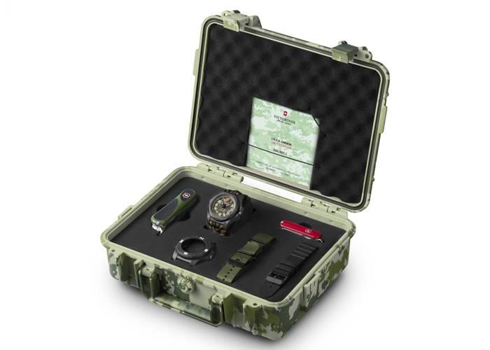 watch-victorinox-i-n-o-x-green-43-mm-limited-edition