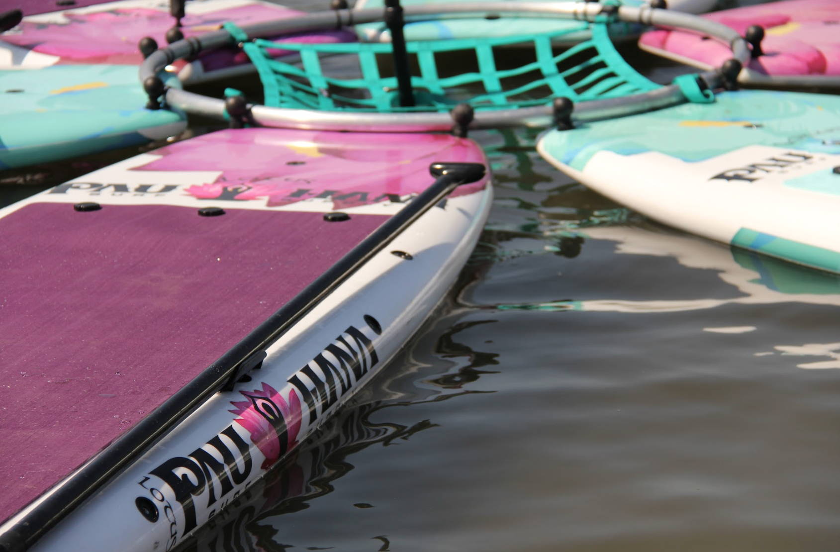 close up netting and attachment of the lotus stand up paddle board