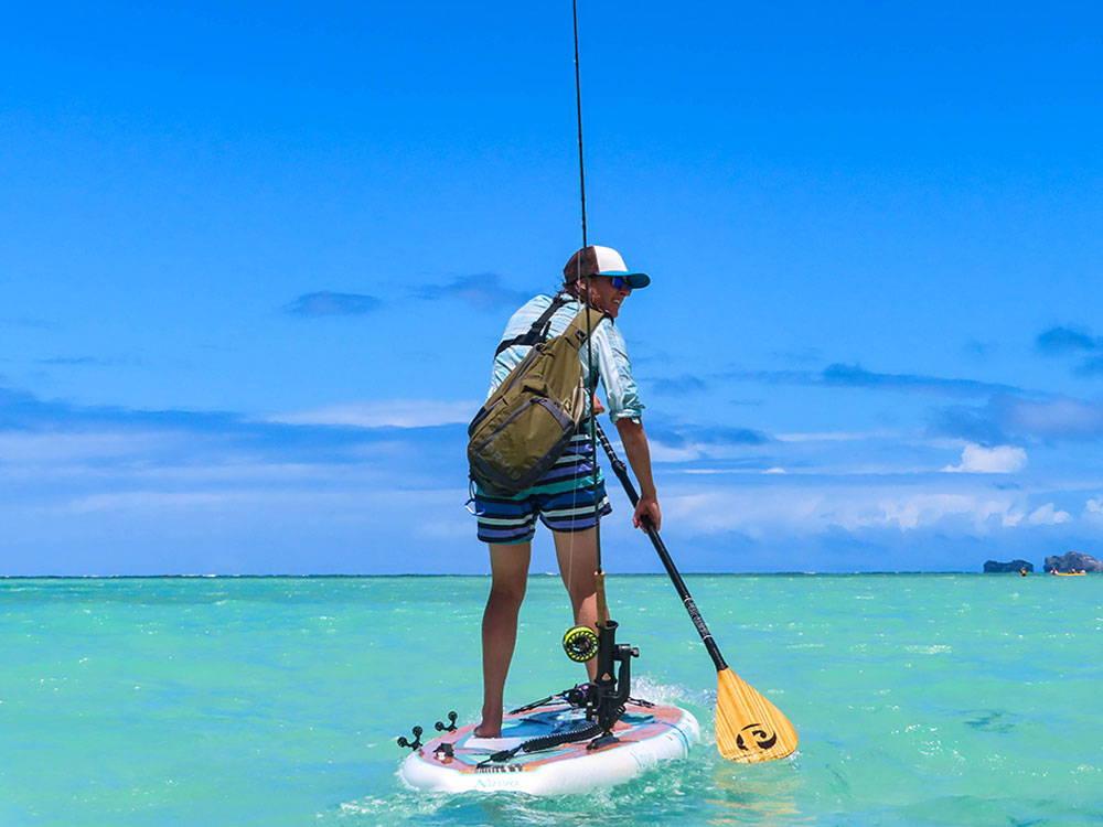 Fishing in the sea on the Navio SUP