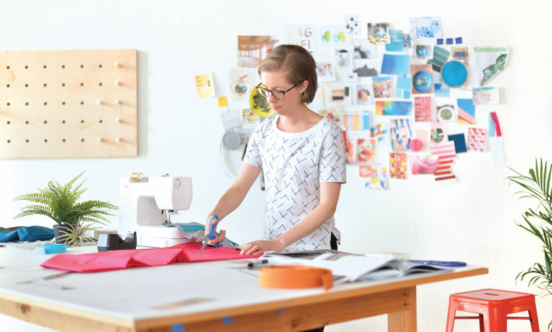 Eva Bauer designing bags in the flip & tumble studio in Berkeley, California