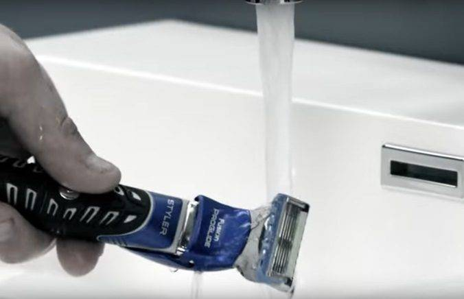 Step 7 image. Rinse your blades often.