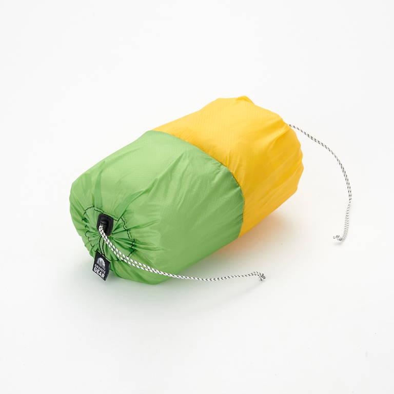 GRANITEGEAR(グラナイトギア)/エアペアー/XL(6ℓ)/イエロー×グリーン