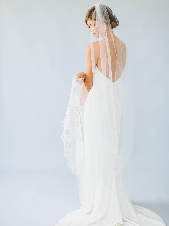 Ampersand Bridal Chantilly Veil