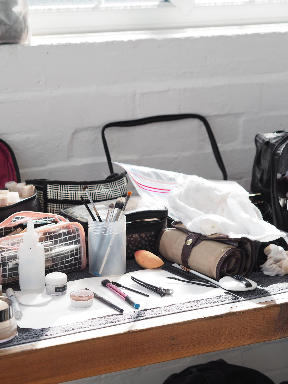 Make up station | Behind the scenes