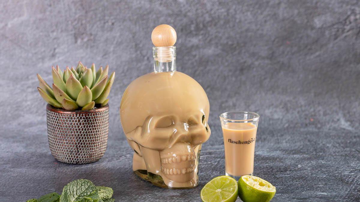 Skull Bottle - Flaschengeist