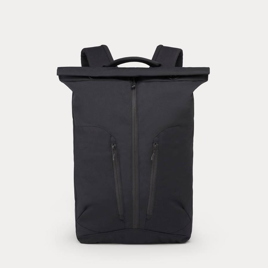 Minaal Rolltop - A minimal rolltop backpack