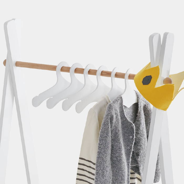 Children's dressing rail with hangers