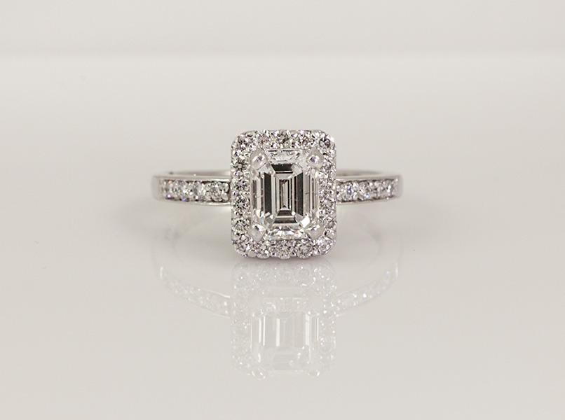 Custom Diamond Engagement Intensive Ring
