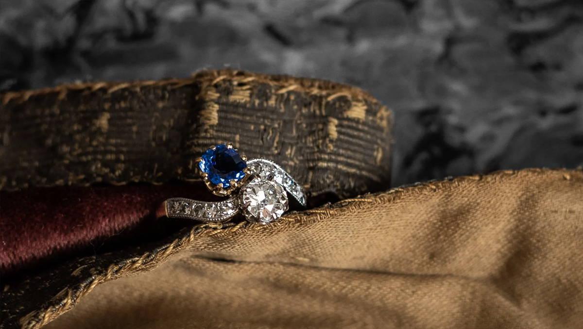 Edwardian, 18ct Gold, 'Toi et Moi' Sapphire and Diamond Ring