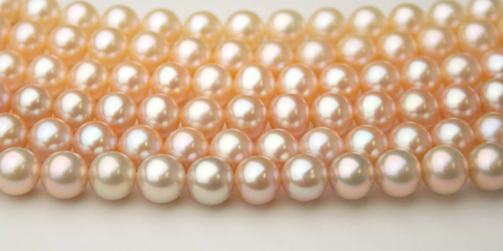 Pearl Colors: Pink to Peach Freshwater Pearls