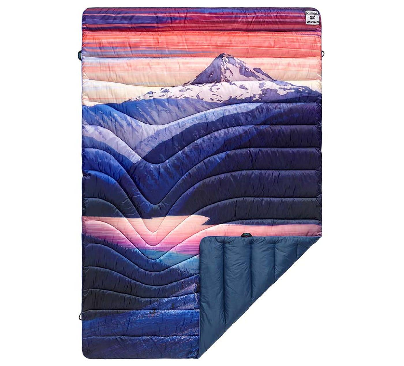 Picture of Rumpl's Yakima collaboration blanket showing Mt. Hood and Trillium Lake
