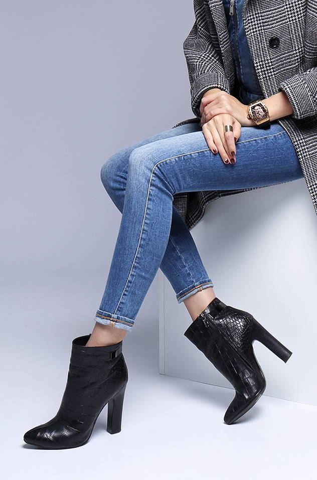 29f17437179bf Boots · - Heels · - Sandals · - Athletic · - Booties