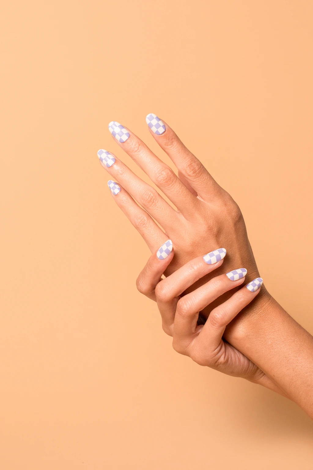 Get chill tips on non-toxic trendy nail designs