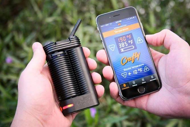 Storz & Bickel Crafty Vaporizer with iOS smartphone app