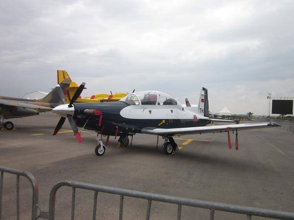 BEECHCRAFT T-6 TEXAN II