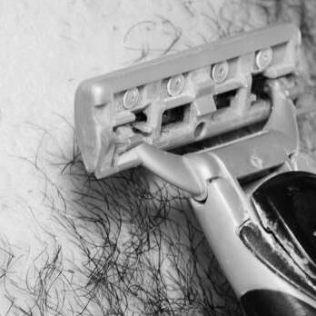 Are Plastic Razors A Menace To The Environment? - Naked