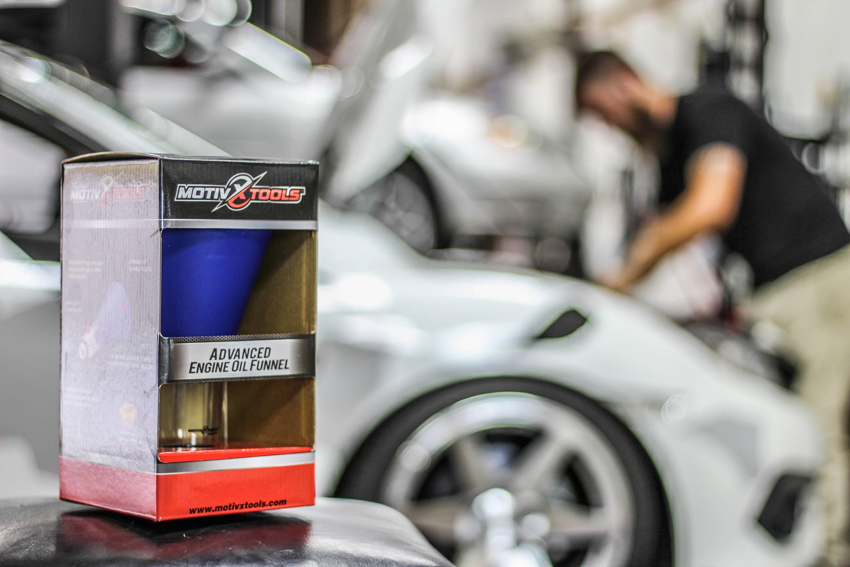 2017 Honda Civic Motivx Tools Advanced Oil Funnel