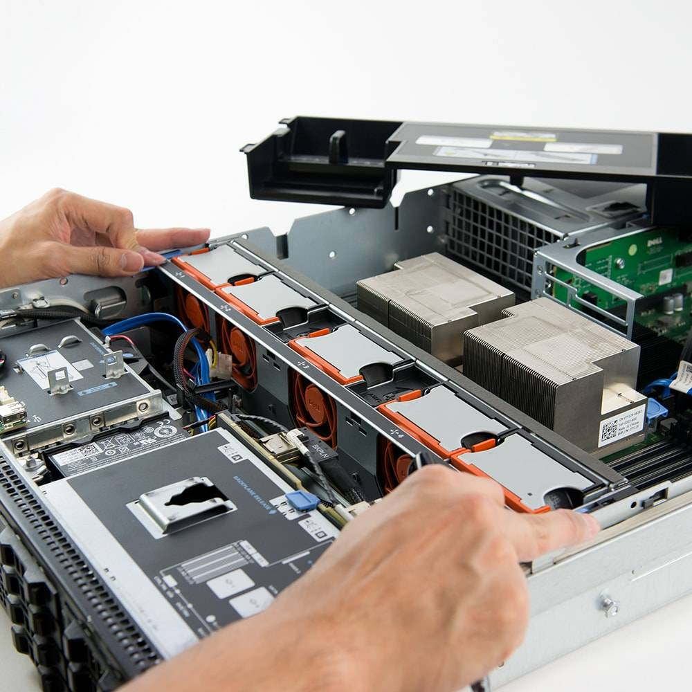 Installing server fans for the Dell PowerEdge R710 server