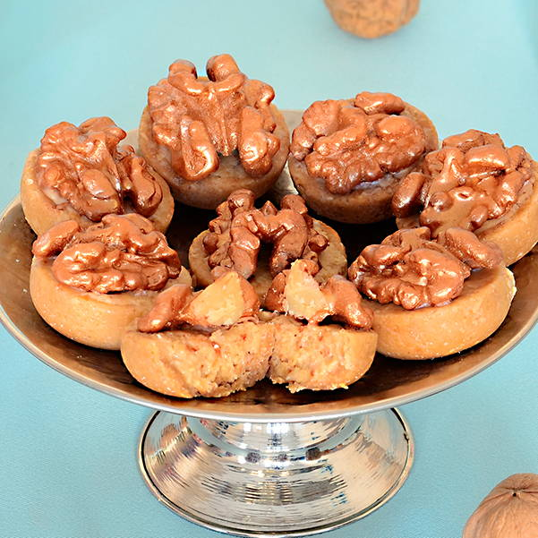 Crunchy walnut with white chocolate and almond
