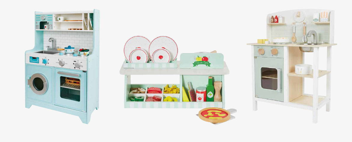 Play kitchens & cafes