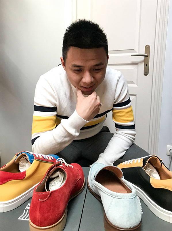 Jolies chaussures adaptées avec semelles orthopédiques