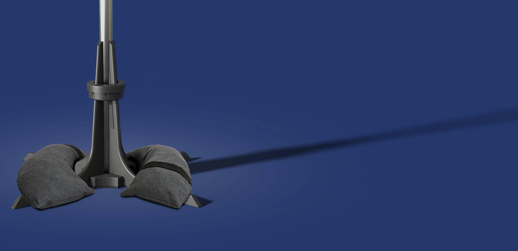 Baser parasolfod med sandsække