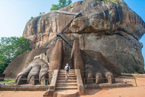 Travelbay in the Media - Vacations & Travel Magazine - Sri Lanka Tours - Sigiriya