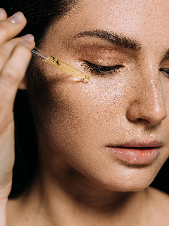 Jojobaöl – Das beste Öl für fettige Haut – Five Skincare