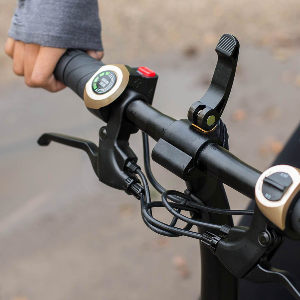 InMotion P1F hybrid scooter ebike handlebar adjustment two